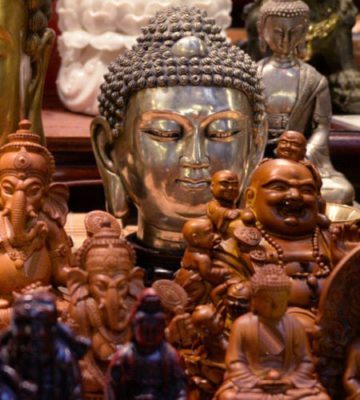 Boeddha en attributen